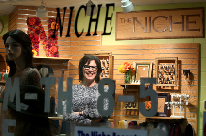 Shelly Ibach visits the Niche.