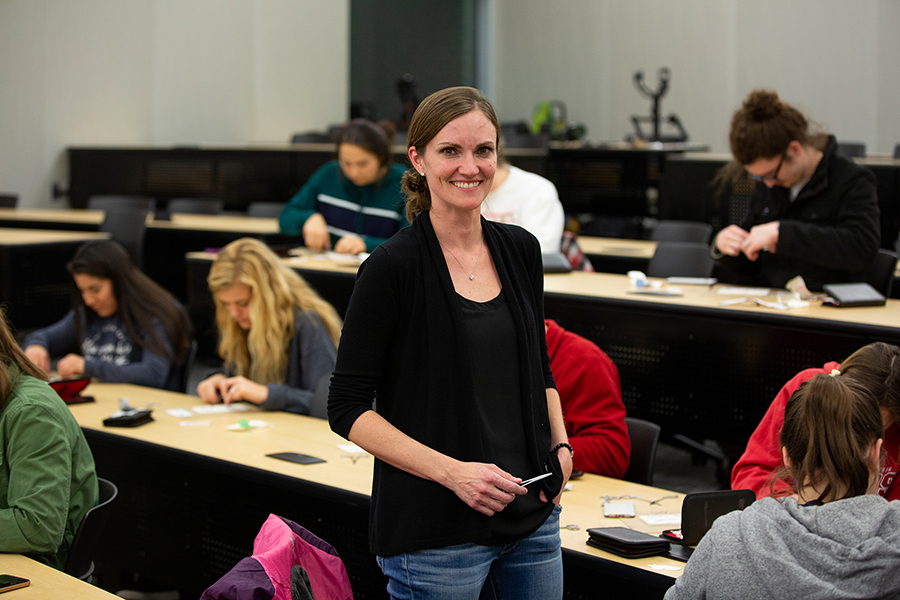 Alumna Dr. Desiree Scholl, a podiatrist, guides UW-Stout students in a suture workshop last fall.